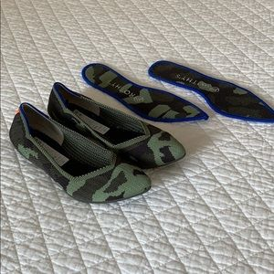 Olive Green Camo Point Rothy's Size 6